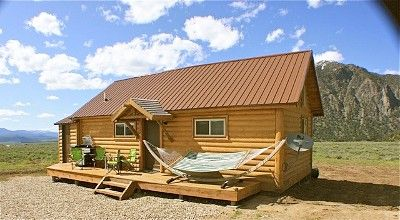 West Yellowstone Cabin Rental   Fishermenu0027s Paradise Cabin With Hammock,  BBQ And Nice Seating On