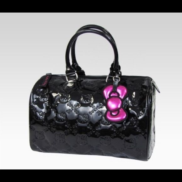 Hello Kitty Patent Leather Sdy 30 Purse
