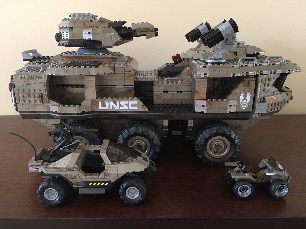 Halo Mega Bloks UNSC Mammoth (plus extras) in great