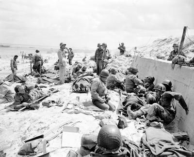 Historic Photos Bring The D Day Invasion To Life 72 Years After