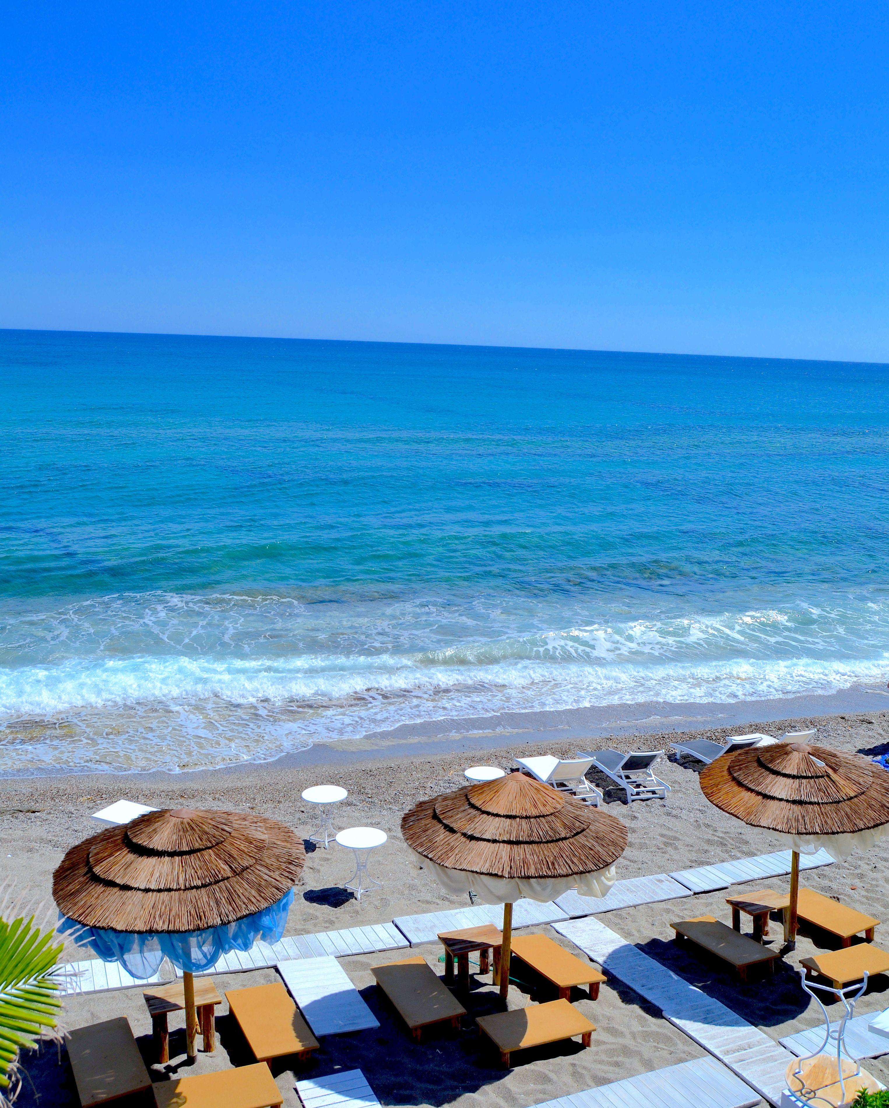 Aurinkomatkat Albania
