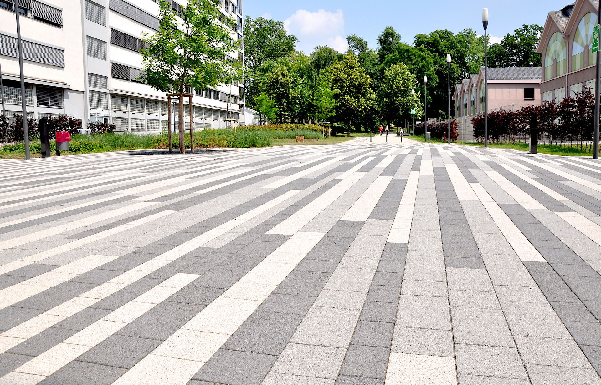 Source Bierbaum Aichele Landschaftsarchitekten Part Gmbb Partnerschaftsgesellschaft Klaus Diete Pavement Design Paving Design Landscape Architecture