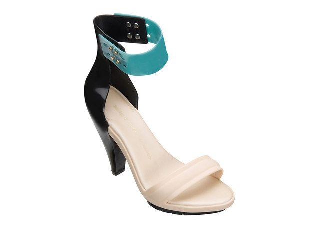 Pedro Lourenço assina sandália e sapatilhas para Melissa | Chic - Gloria Kalil: Moda, Beleza, Cultura e Comportamento