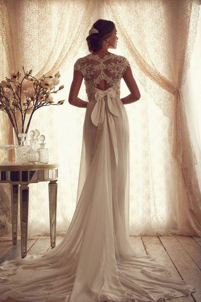 Sheath/Column V-neck Short Sleeves Tulle Chapel Train Wedding Dresses