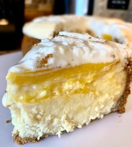 Instant Pot Lemon Meringue Cheesecake #lemonmeringuecheesecake