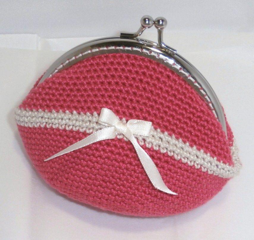 monedero a crochet en punto bajo a dos colores
