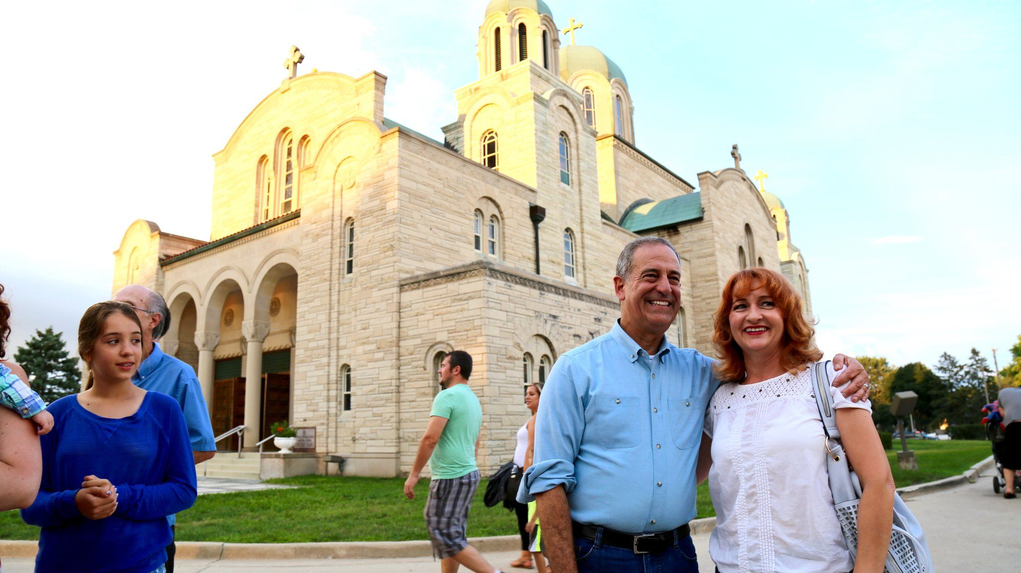 """Russ Feingold on Twitter: """"Great company, food, & music over the weekend at St. Sava Serbian Orthodox Cathedral's Serbian Days Festival in MKE! https://t.co/XG2xz9rkCV"""""""