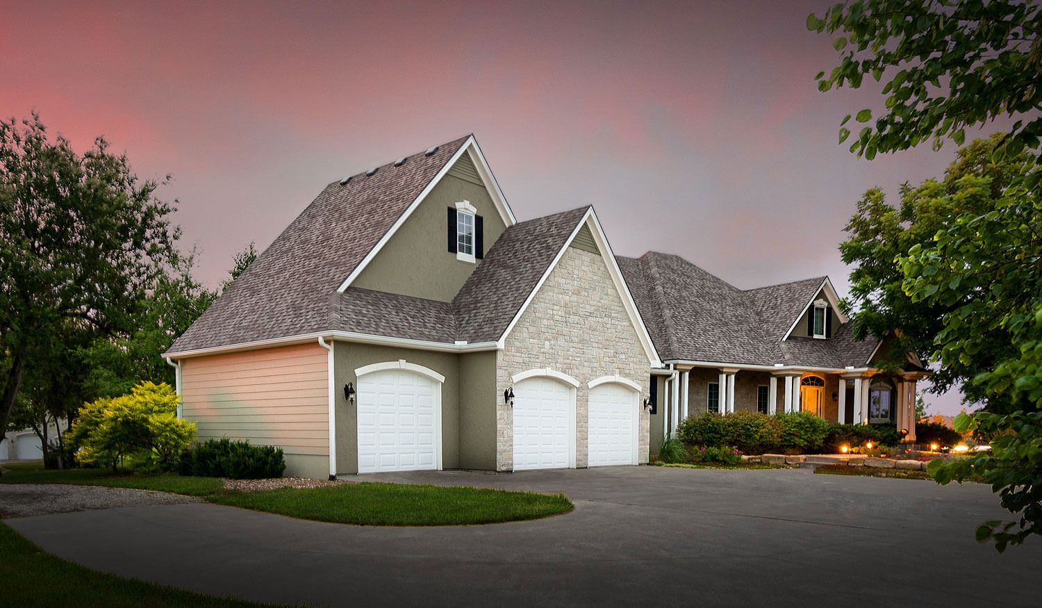Certainteed Landmark Weathered Wood 2032 Sw West Trail Rd Topeka Kansas House Exterior Paint Colors For Home Exterior Decor