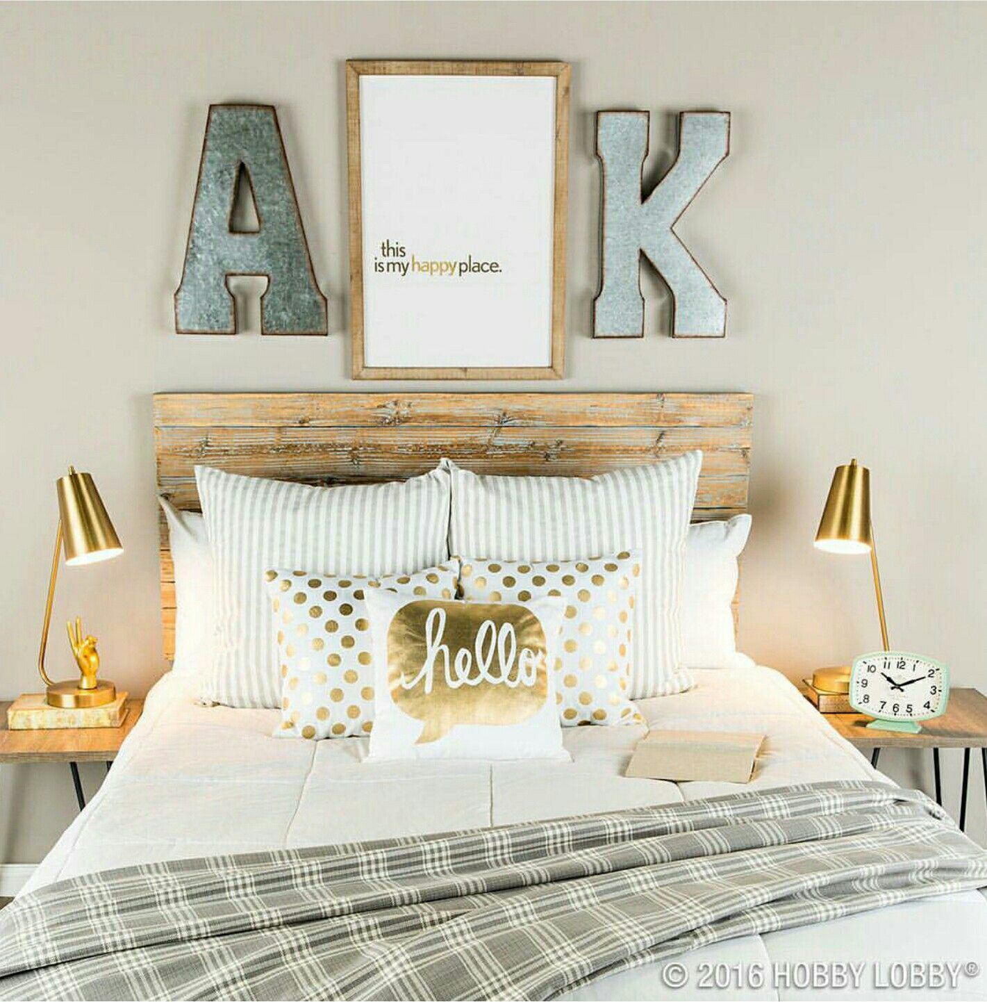 Couple bedroom gold bedroom accents rustic teen bedroom white and gold bedding