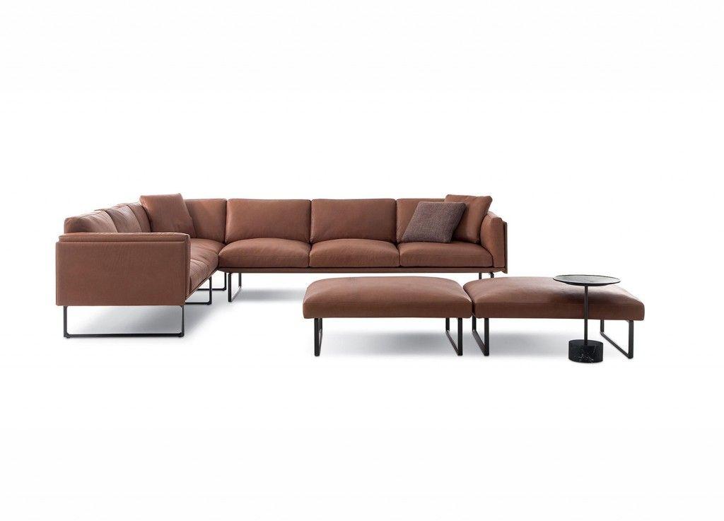202 8 Sofa Est Living