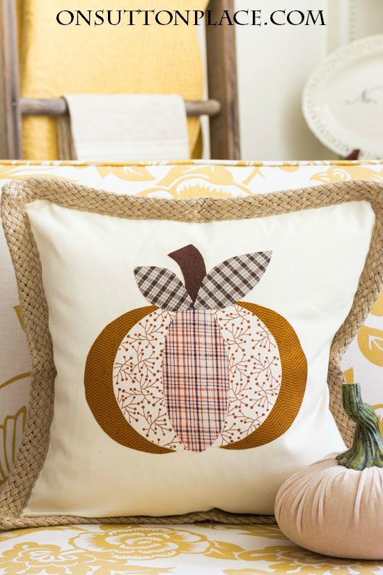 Make this DIY No Sew Pumpkin Pillow Cover in no time...complete tutorial