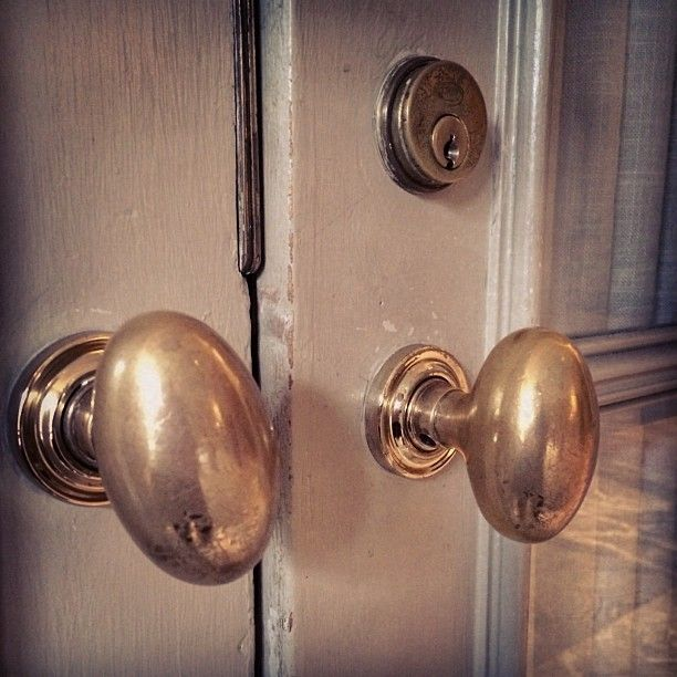 BethesdaStyle ~ Antiqued Unlacquered Brass Oval Baldwin Door Knobs ...