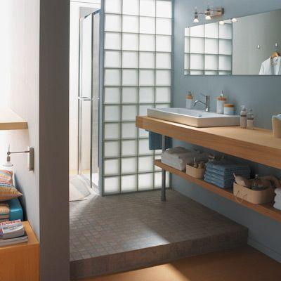 une simple cloison sépare les 2 espaces paroi de verre pour ...