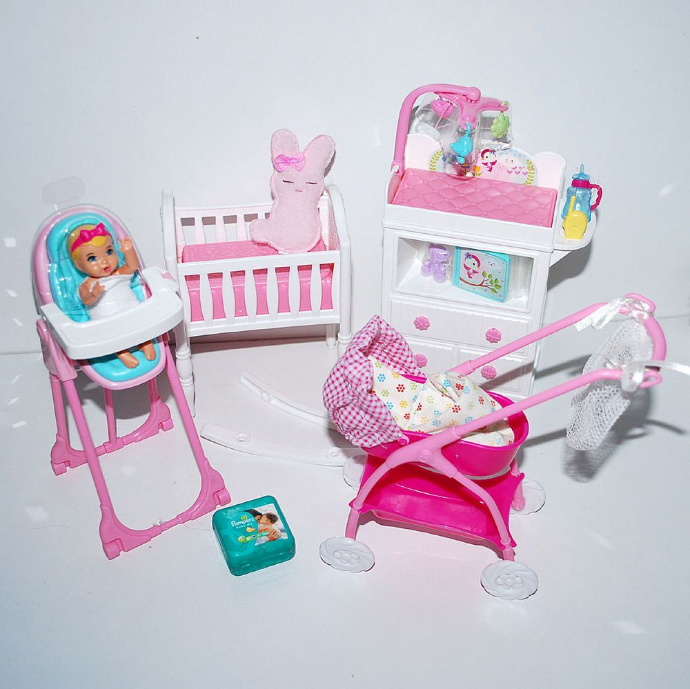barbie baby set 2 bett hochstuhl wickelkommode kinderwagen usw unbespielt ebay barbie. Black Bedroom Furniture Sets. Home Design Ideas
