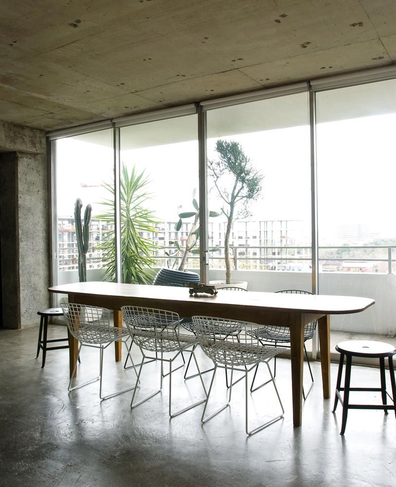 22 Beautiful Kitchen Design For Loft Apartment: Definately Want Concrete Floors For My Kitchen And Dining