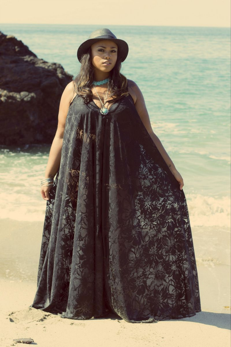 Plus Size Designer ELANN ZELIE Releases Summer Love Collection ...