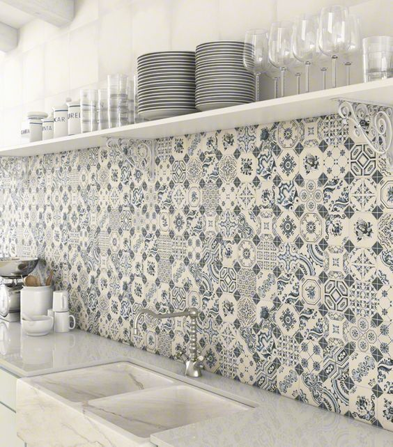 White Blue Patchwork Backsplash World Parks Vives
