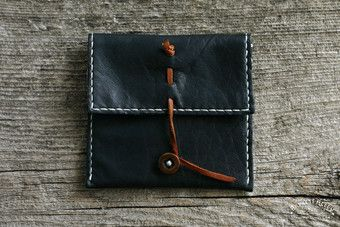 Black leather pouch wallet 1