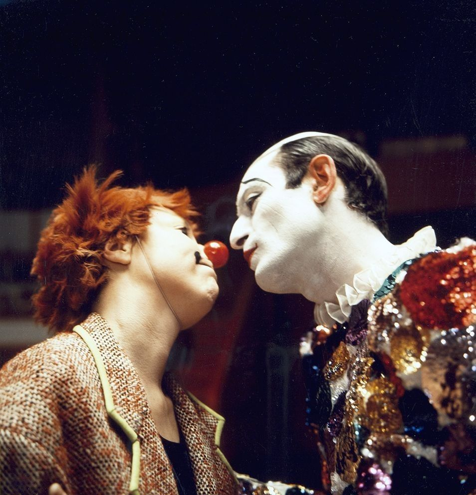 Pin by Gee on Clowns (With images) Dark circus, Light in
