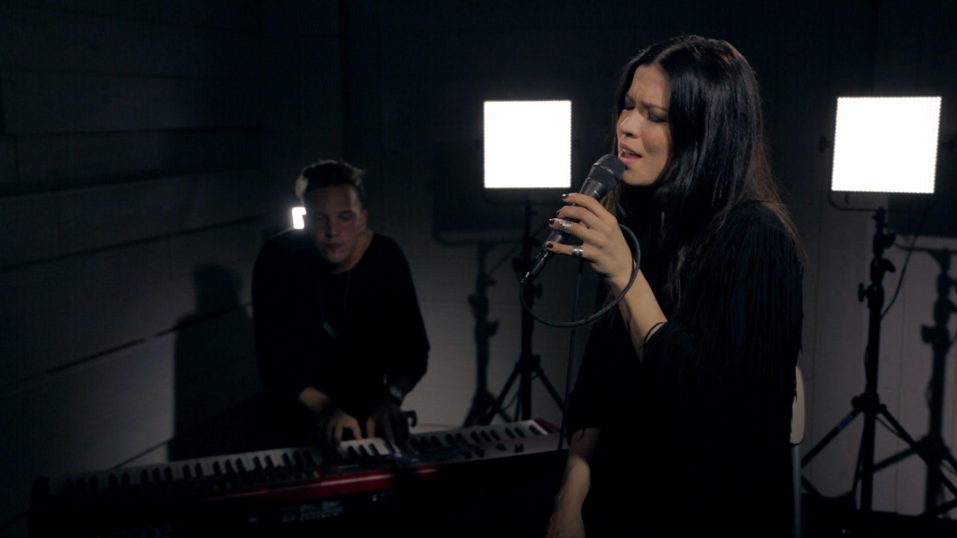 Jenni Vartiainen: Selvästi päihtynyt (livenä Nova Stagella)