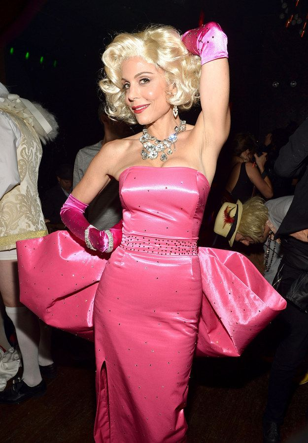 38 Best And Worst Celebrity Halloween Costumes. Cute CostumesCelebrity Halloween CostumesMarilyn Monroe ...  sc 1 st  Pinterest & Chrissy Teigen as a girl from Toddlers u0026 Tiaras | Bethenny frankel
