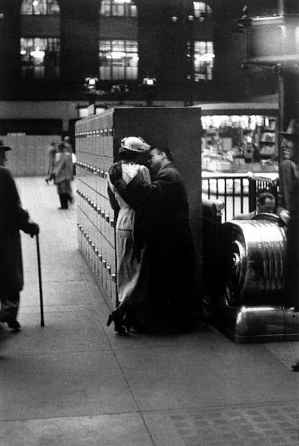 Photo of Louis Faurer :: Penn Station, New York, 1948– and still hap…