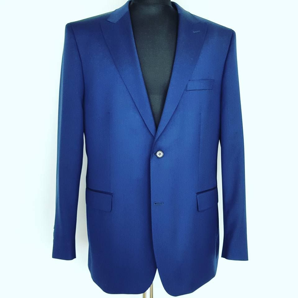 Richmart Made-To-Measure mensuits http://richmartfabrics.com/en/