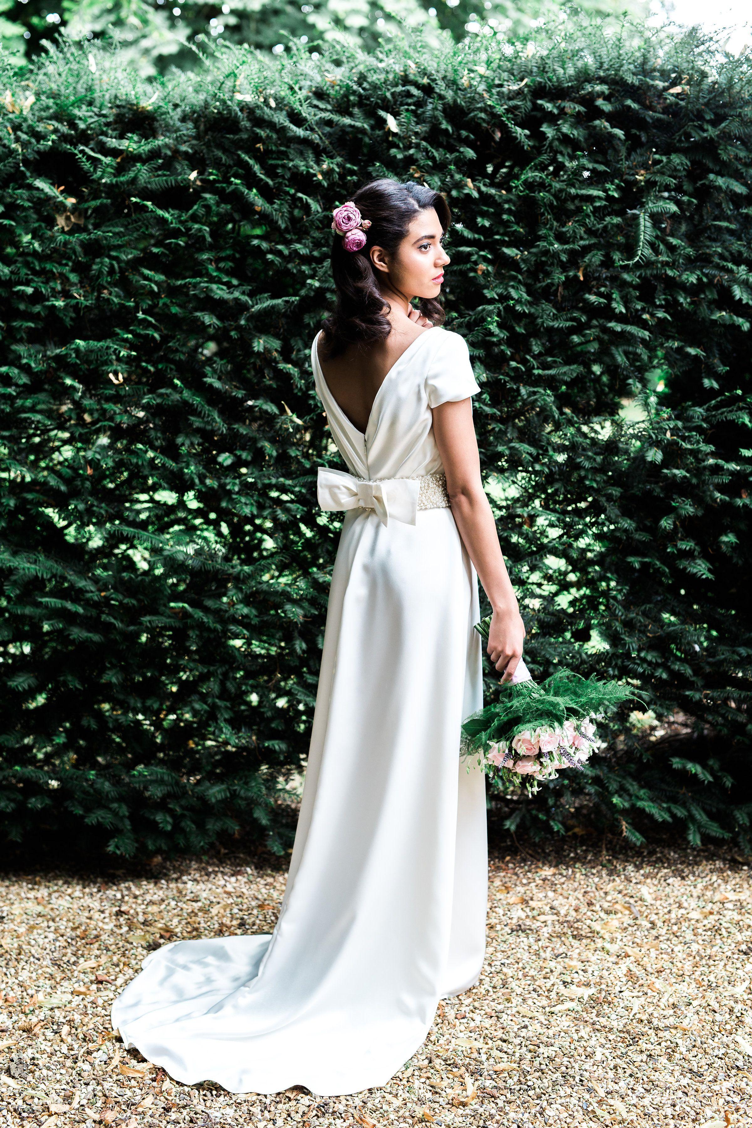 Una Ivory Satin Weddingdress By Rachel Lamb Design Image Sarahbrookesphotography Com Bespoke Wedding Dress Designer Wedding Dresses Bespoke Wedding Gown