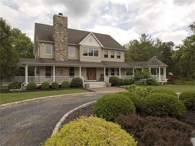 Modern Country Feel Montgomery Township 641 Route 601 Belle Mead Nj 08502 United States Modern Country Belle Mead House Styles