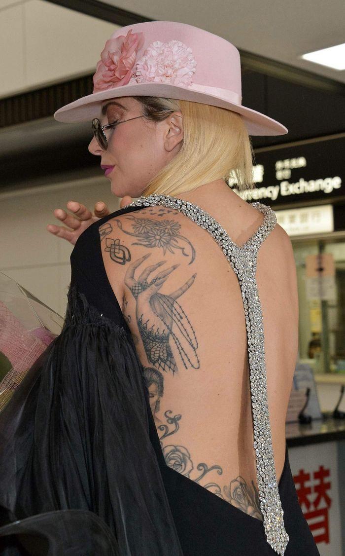 Pin By Celebsip On Celebsip In 2019 Lady Gaga Tattoo Lady