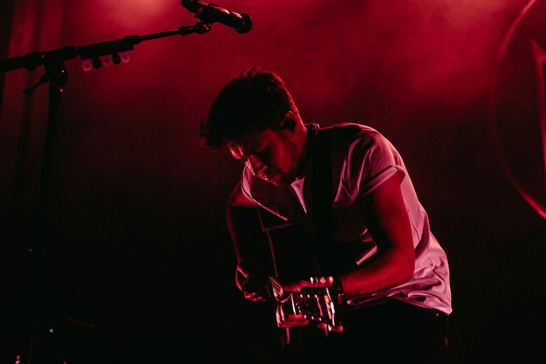 "nhupdates: """"Niall performing in Sydney, Australia - 10/09 ..."