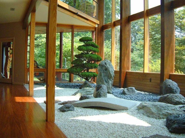 Japanische Häuser japanischer garten innen kies findlinge und kiefernbaum