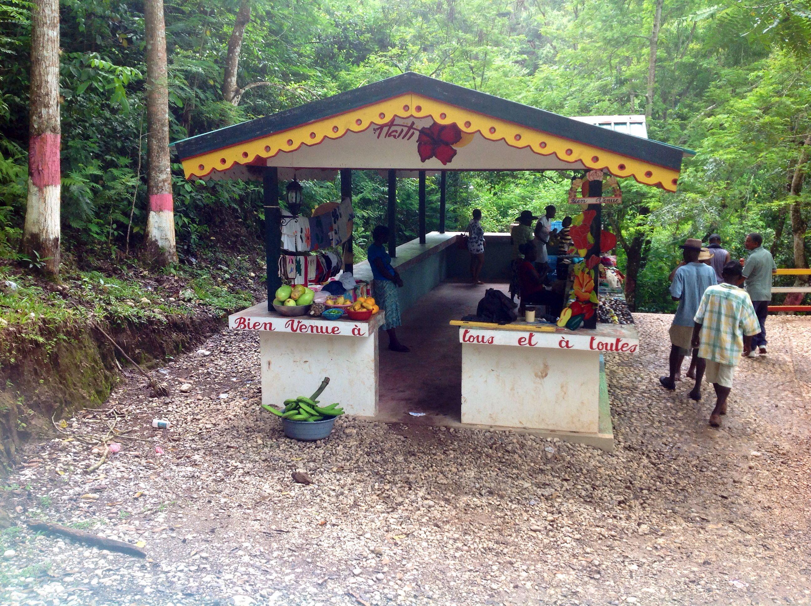 Pin by Chantale Kenol Lamarre on Levy Outdoor, Pergola
