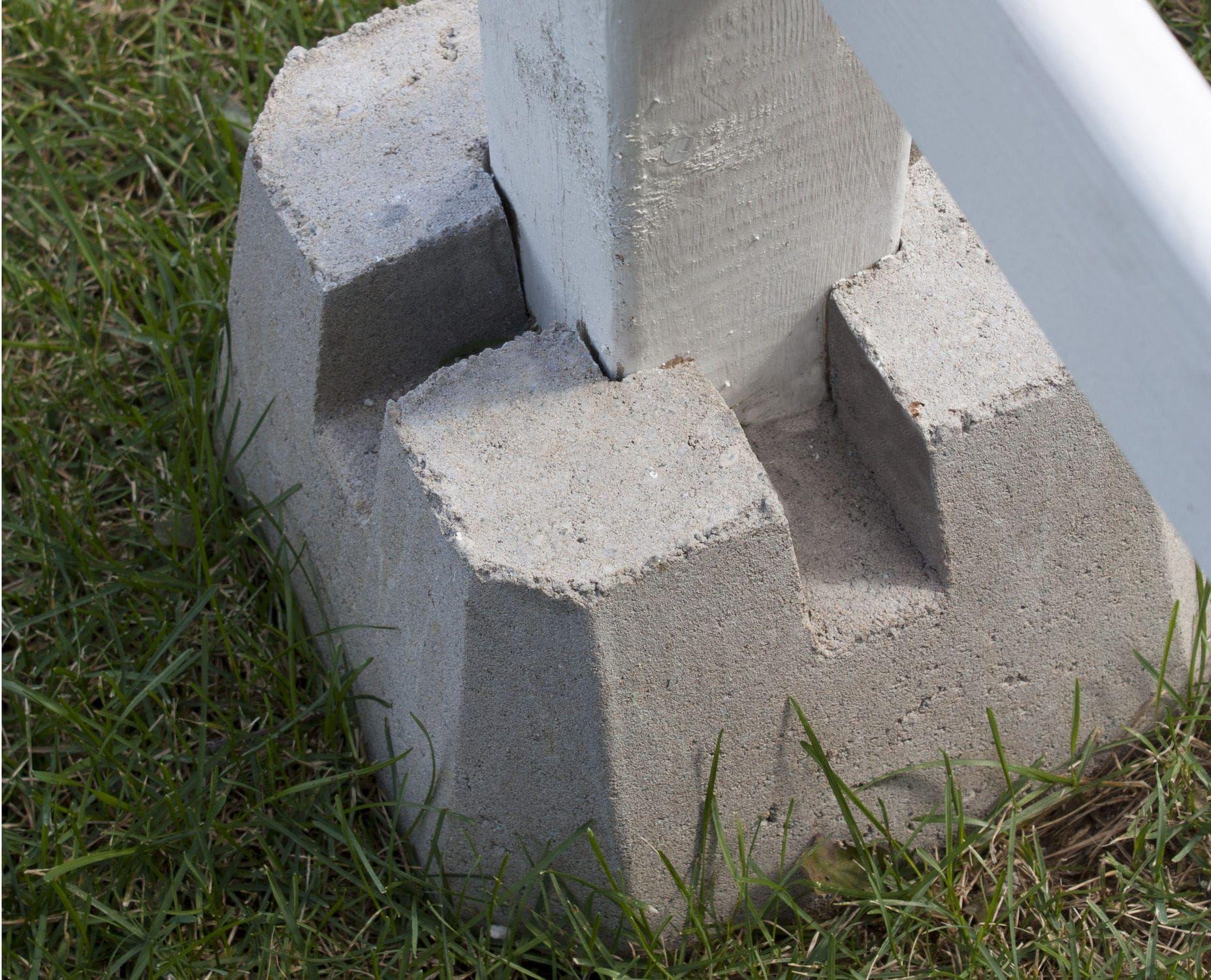 Solid concrete block for pillars dek block shaw for Floor pillars