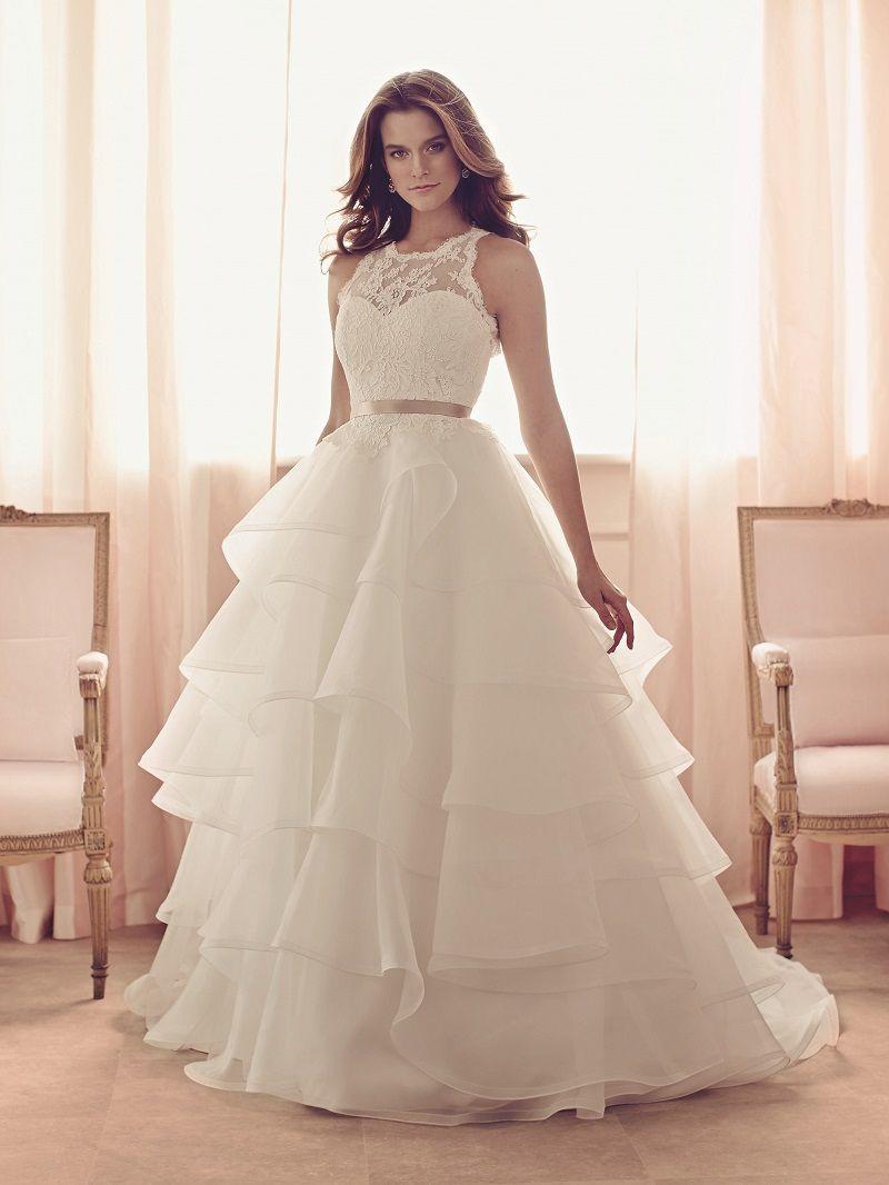 Win Your Dream Wedding Dress Bespoke Bride Wedding Blog Wedding Dress Organza Wedding Dresses Bridal Gowns Mermaid [ 1066 x 800 Pixel ]