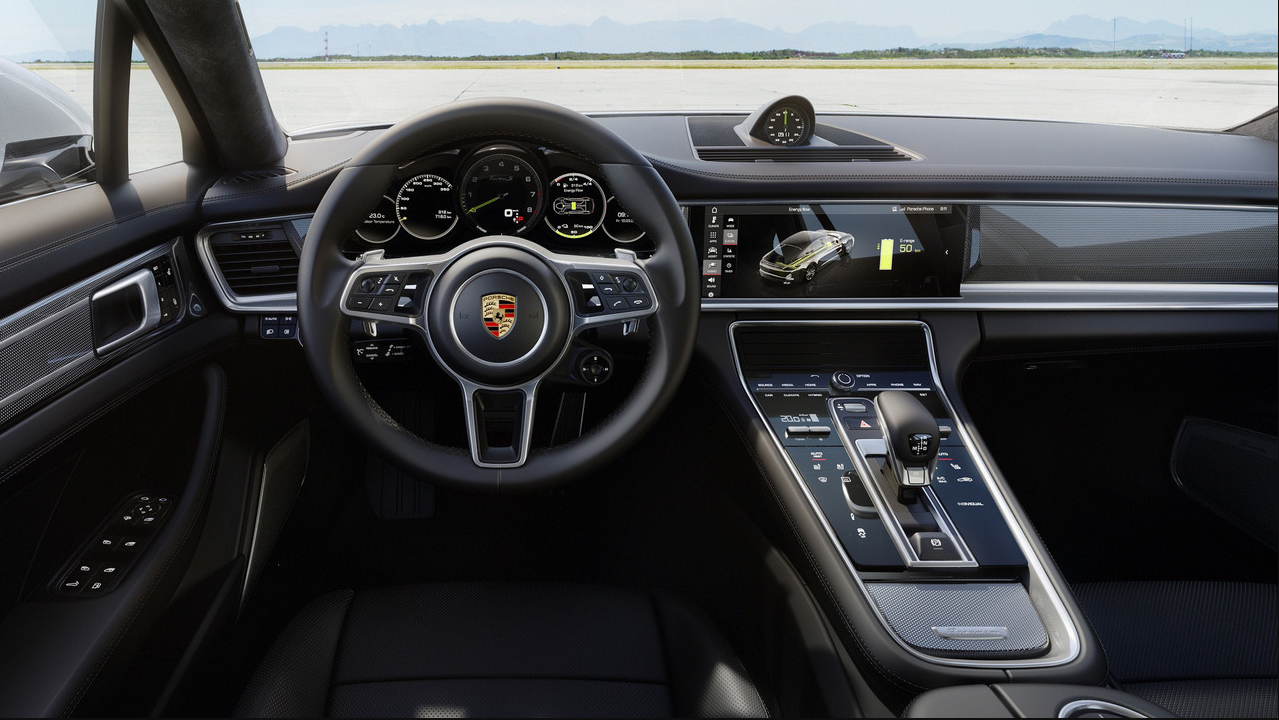Porsche Panamera Turbo 2018 Interior Design