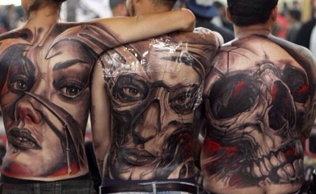 Trabajos a larga escala del artista argentino Javier Obregon