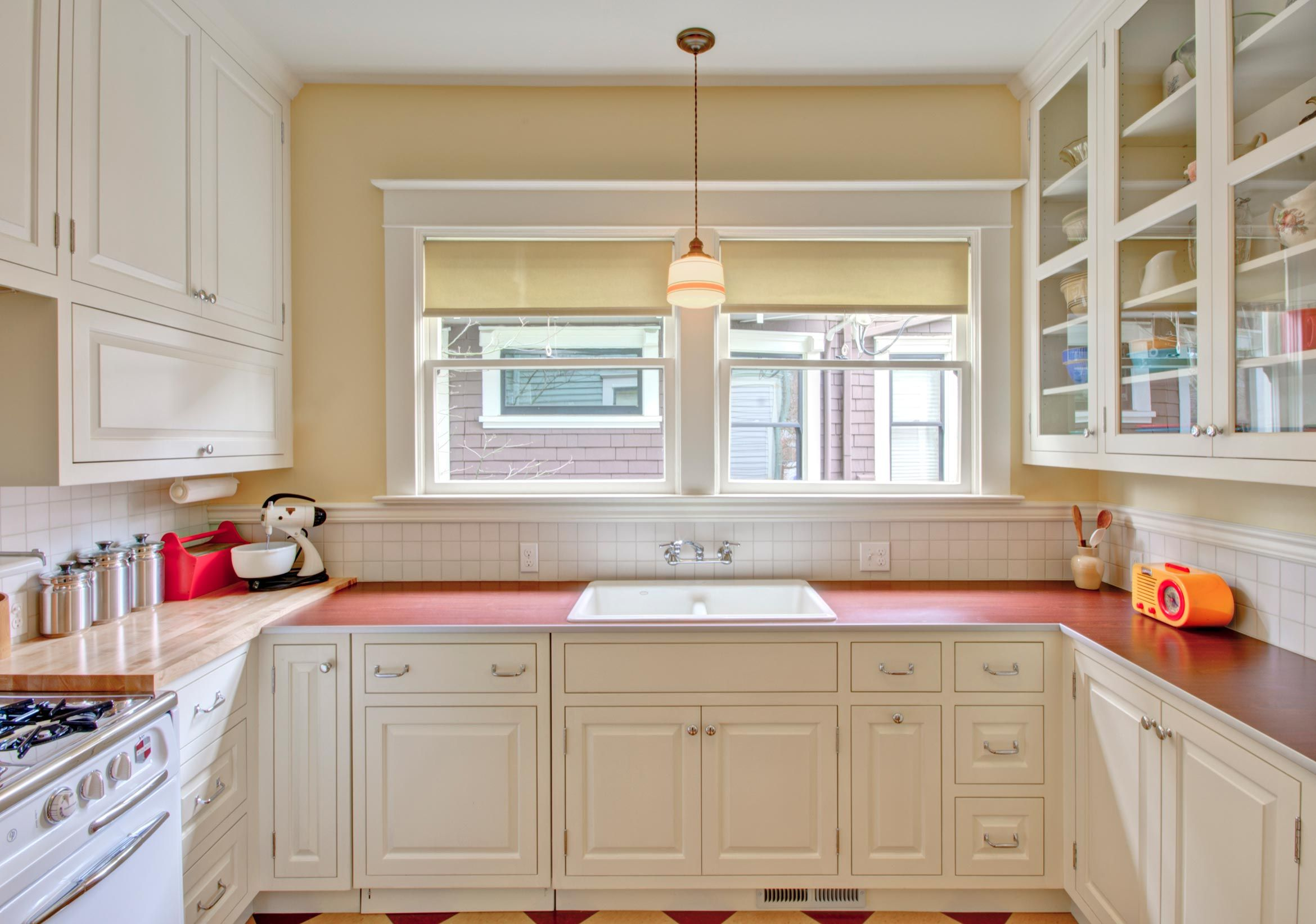 Retro Kitchen Remodel In Portland