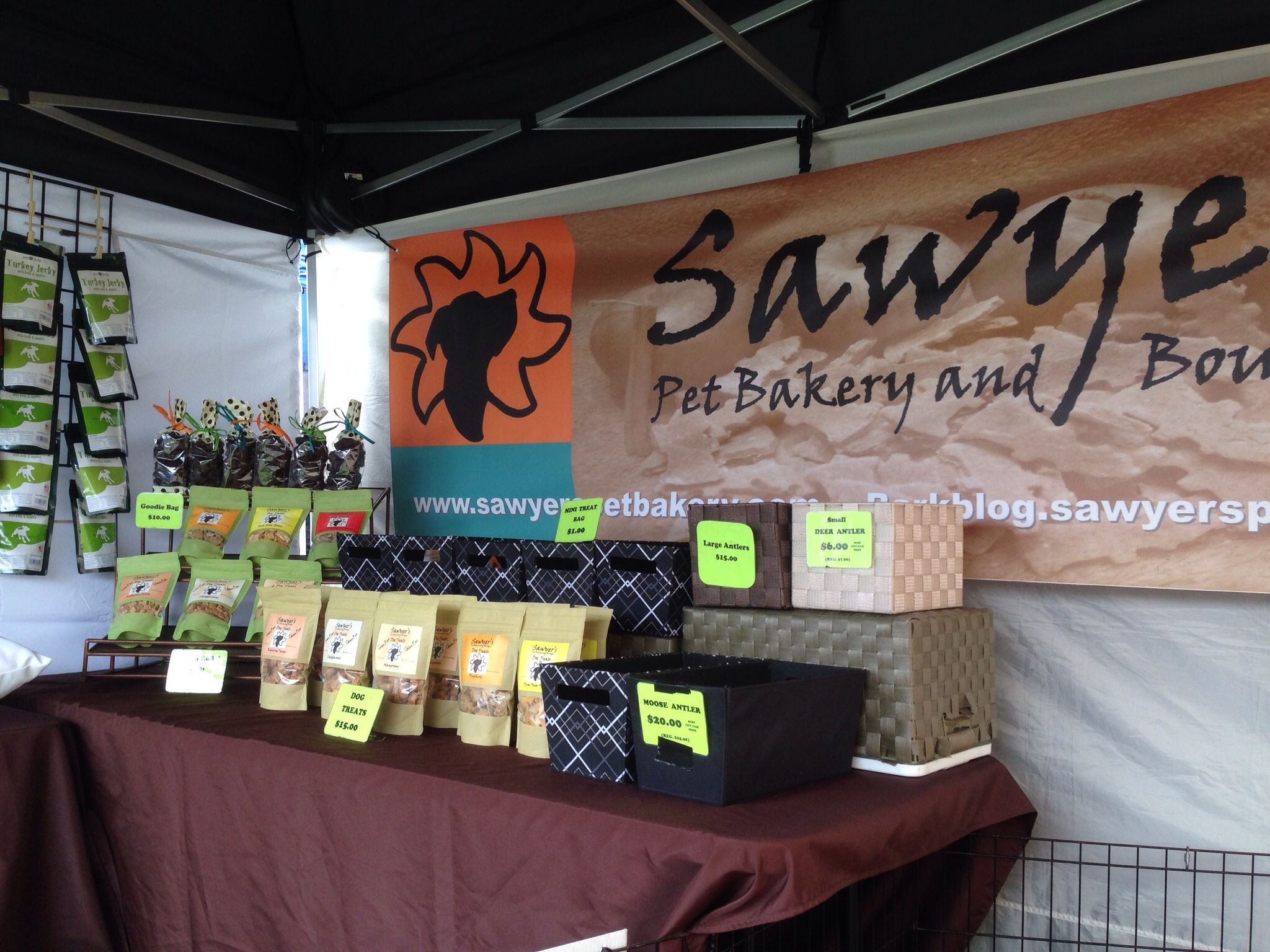 Dana Point's Food, Wine and Music Festival 2014. Sawyer's Pet Bakery booth. Hypoallergenic treats for dogs.