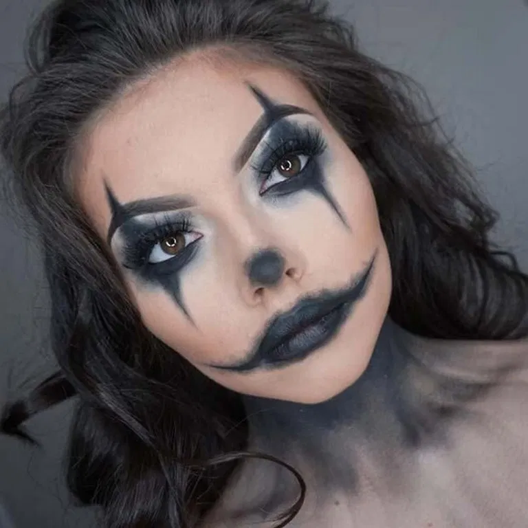 Scary devilish halloween makeup looks for beginners 5