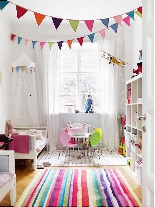 Viel Weiß und bunte Akzente im Kinderzimmer | Babyeinrichtung ...