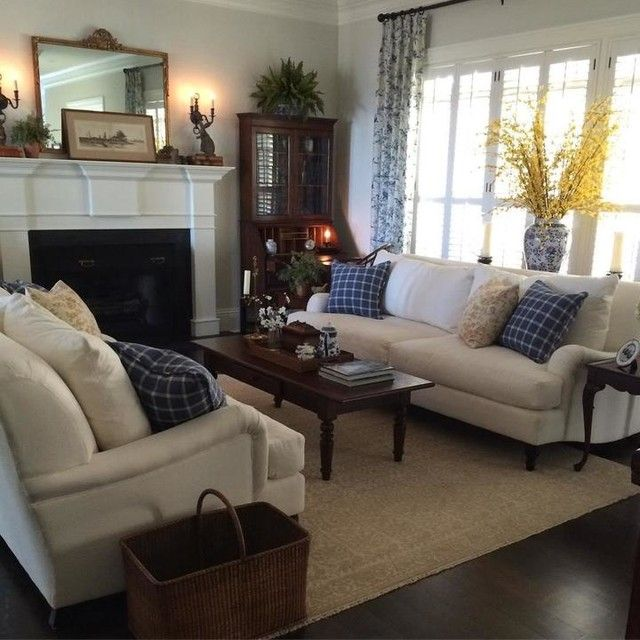 Pin By Lisa Rimmington On Decoraciones Del Hogar In 2020 Country Living Room Pottery Barn Living Room Brown Living Room