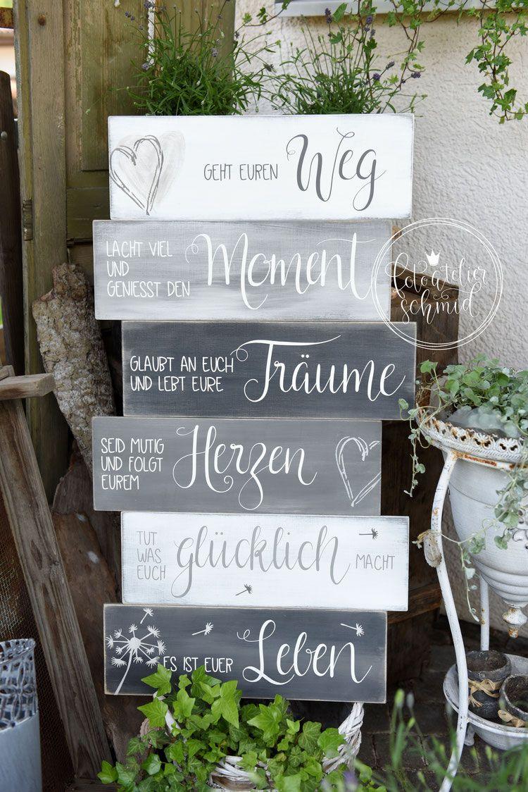 Schilder aus Holz / Metall