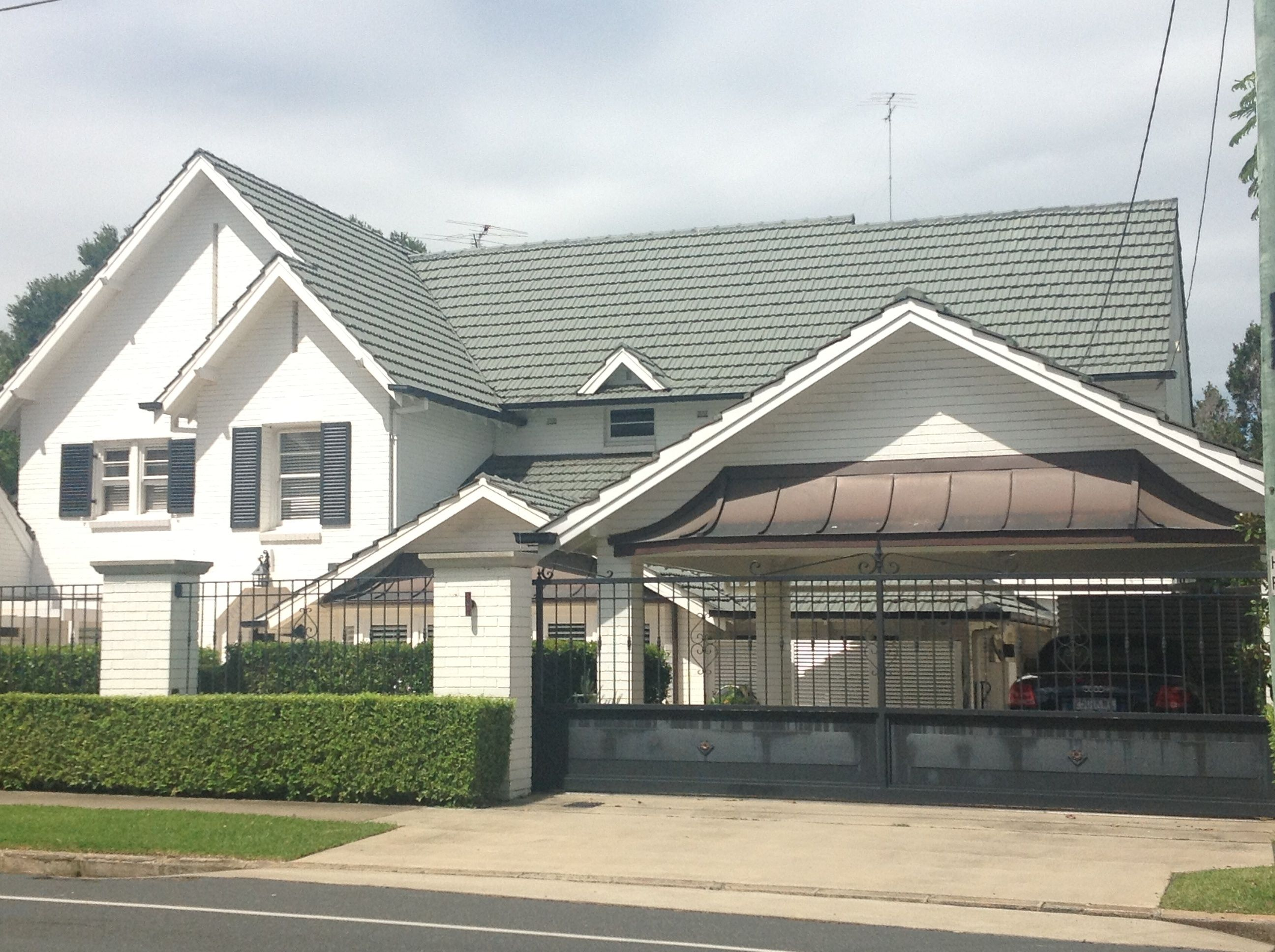 Ascot Queensland, very stylish carport on front boundary