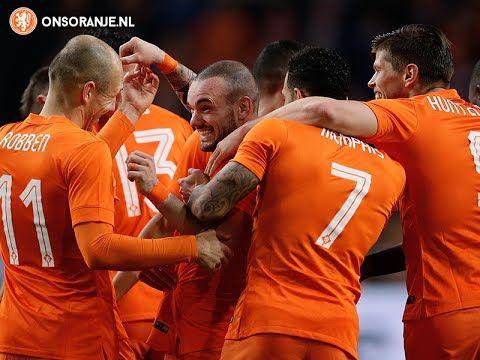 Goal Sneijder (1-1) against Mexico
