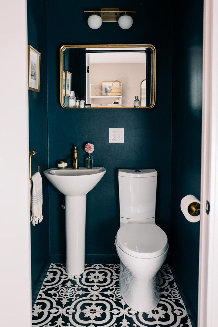 Small Space Squad Home Tour: Jess Ann Kirby #smalltoiletroom
