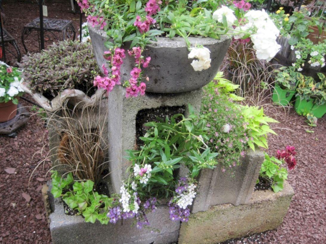 38 Ways to Decorate your Garden Using Cinder Blocks | Cinder and Gardens