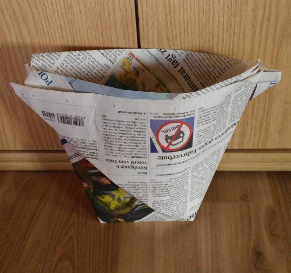 Mülltüten selber machen aus Zeitung zero waste Mülltüten selber machen aus Zeitung zero waste
