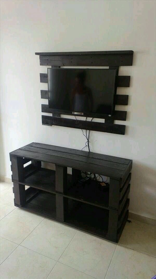Palet TV Set