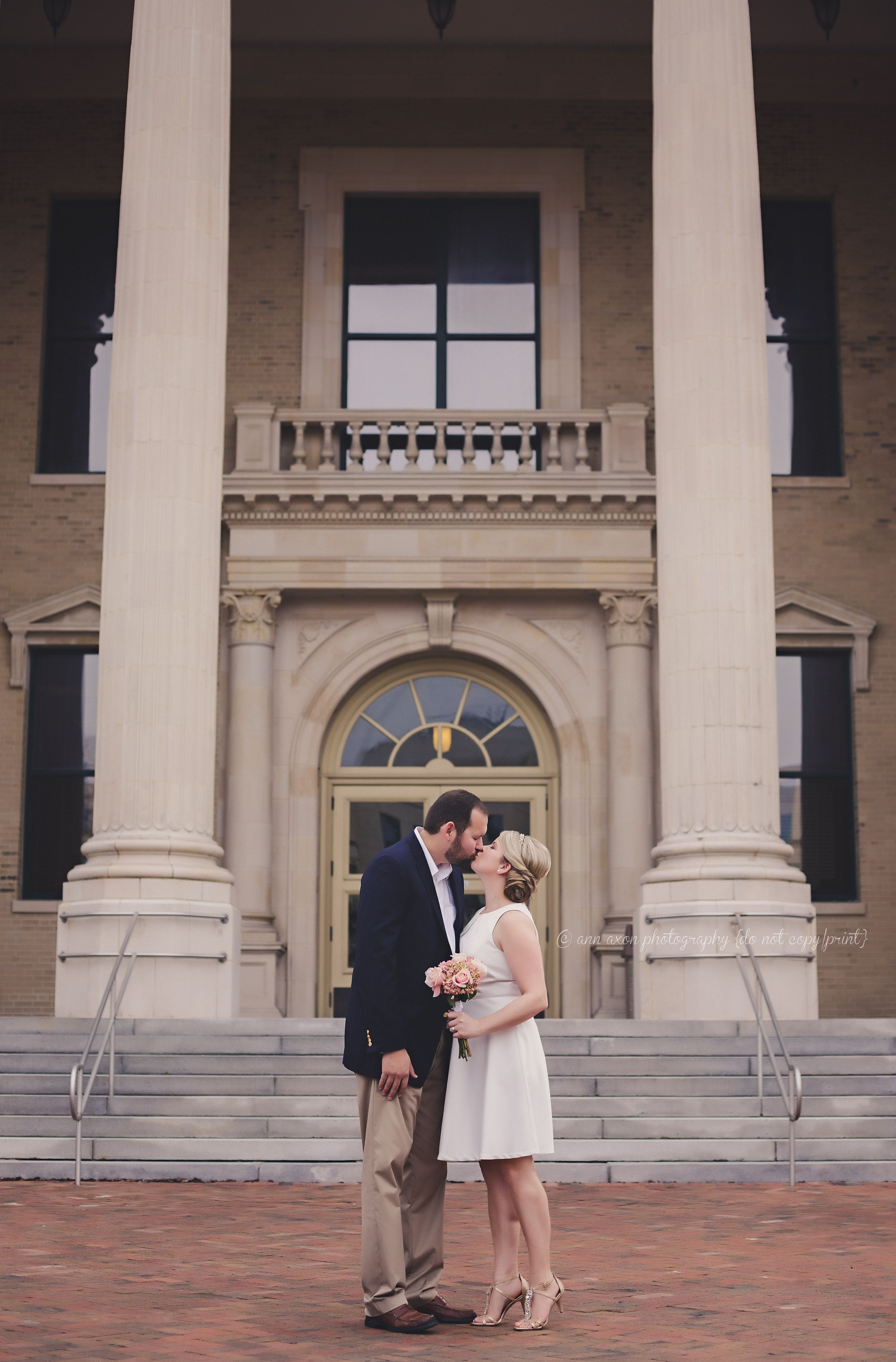 Ann Axon Photography Www Annaxonphotography Deland Florida Photographer Central Courthouse Wedding Vintage Style